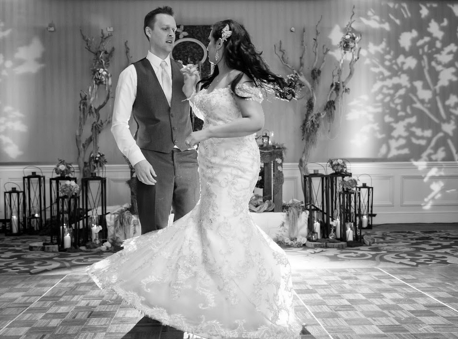 Photographers/ Photography Company: Adam Frazier Photography   Florist: Naakiti Floral Design   Hair & Makeup: Amelia C & Co  Cake/Sweets: Freed's Bakery   DJ/Band: Harry O Productions   Invitations: Paper & Home   Wedding Planners: Glitterati Weddings & Events   Lighting: All Events Production   Photobooth: Shutterbooth   Cinematography: Memory Lane Video, Las Vegas Wedding Videographers